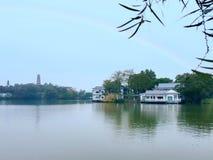 Le belle immagini del lago ad ovest, un punto scenico in Cina immagini stock