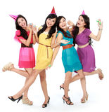 Le belle ragazze celebrano il compleanno Fotografia Stock Libera da Diritti