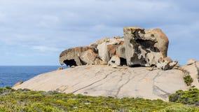Le belle rocce notevoli contro il cielo blu nel parco nazionale di inseguimento del Flinders, isola del canguro, Australia del su fotografia stock libera da diritti