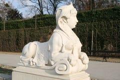 Le belvédère fait du jardinage statue photos libres de droits