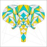 Le bleu abstrait, le jaune et le gris mélangés ont coloré l'éléphant géométrique de triangle polygonale d'isolement sur le fond b Images stock