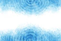 Le bleu d'été a ondulé l'abrégé sur l'eau ou le fond de peinture d'aquarelle de vintage Photos libres de droits