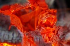 Le bois de chauffage brûlant Photo libre de droits