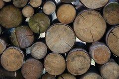 Le bois de chauffage empile le fond Photos libres de droits