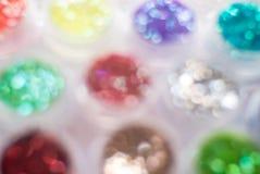 Le bokeh coloré de tache floue se reflètent dans la forme de cercle Image stock