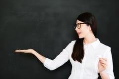 Le bon professeur doit savoir donner la réponse de question pas photographie stock libre de droits