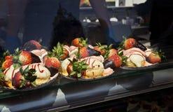 Le bonbon durcit avec la fraise à vendre Image libre de droits