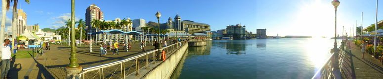 Le bord de mer, Port-Louis Photo stock