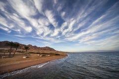 Le bord de mer rouge Photographie stock libre de droits