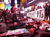Le BOUCHON que nous mourons toujours facilite la protestation NYC le 29 novembre 2017 Image libre de droits