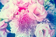 Le bouquet du rose fleurit le plan rapproché, l'eustoma et le chrysanthème Images stock