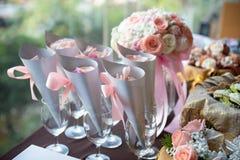 le bouquet est préparé pour le mariage image libre de droits