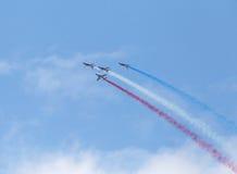 LE BOURGET, FRANCIA - 25 de junio de 2017: El Patrouille Acrobatique de Francia Foto de archivo