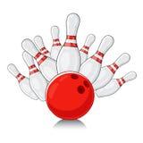 Le bowling blanc dédouble la boule rouge Photographie stock libre de droits