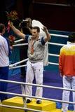 Le boxeur olympique gagne l'or Photos stock