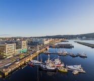 Le Brattor Quay à Trondheim, Norvège Photographie stock libre de droits