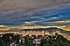 Le brouillard de matin à Sarajevo Images libres de droits