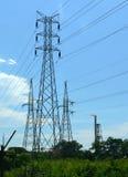 Le Brunei. Trois pylônes et consommations Photos stock