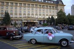 Le Bulgare reçoit un diplôme de rétros voitures, ville de Plovdiv images stock