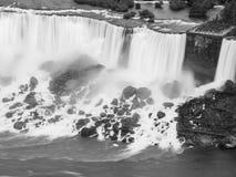 Le c?t? am?ricain de Niagara Falls Chutes du Niagara, DESSUS canada photo stock