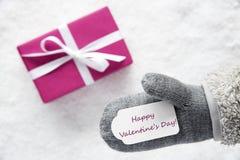 Le cadeau rose, gant, textotent le jour de valentines heureux Photo stock