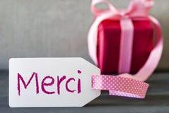 Le cadeau rose, label, moyens de Merci vous remercient photographie stock libre de droits