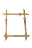 Le cadre pour la photo faite à partir des rondins rugueux de pin, d'isolement dessus images libres de droits