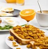 le café eggs le pain grillé brouillé Photo libre de droits
