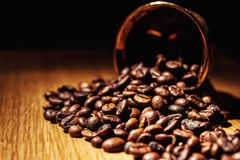 Le café, grains de café, a rôti le café, grains de café rôtis, coff Photos stock
