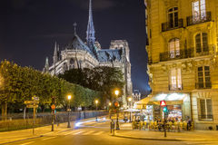 Le café près de la cathédrale Notre Dame, Paris, France Photo stock