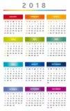 Le calendrier 2018 en arc-en-ciel colore 3 colonnes - les anglais Photographie stock