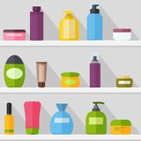 Le calibre de bouteilles de cosmétique a placé sur l'ombre de witj d'étagère Tubes et cosmétiques de fioles Crème, shampooing, ge illustration libre de droits