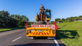 Le camion transporte la route d'Earth Work Machine d'excavatrice photo stock