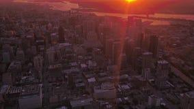 Le Canada Montréal le lever de soleil aérien 4K en juillet 2017 inspirent 2 banque de vidéos