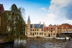 Le canal au centre historique de Bruges image libre de droits