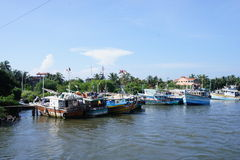 Le canal dans Negombo Photos stock