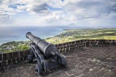 Le canon fait face à la mer des Caraïbes à la forteresse de colline de soufre sur Sai Photos stock