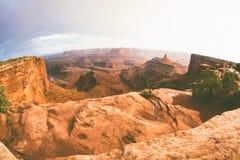 Le canyon amorti de désert donnent sur Images libres de droits