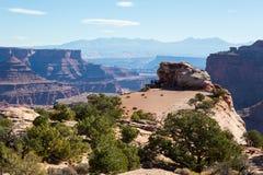 Le canyon de Shafer donnent sur en parc national de Canyonlands Photographie stock