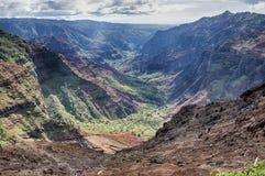 Le canyon de Waimea donnent sur Photos stock