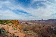 Le canyon donnent sur dans les îles dans le ciel Image stock