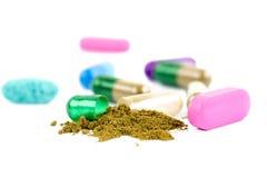 Le capsule di erbe si chiudono su Fotografie Stock