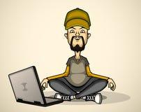 Utilisateur dans la chemise et le chapeau gris avec un ordinateur portable Image libre de droits