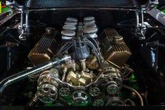 Le carburant a injecté le grand bloc 460 le moteur 550 HP, 7,5L de Ford Mustang, 1967 de Ford photos stock