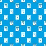 Le carnet de notes à spirale et le stylo fermés modèlent le bleu sans couture Images stock