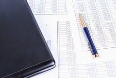 Le carnet et le stylo Photo libre de droits