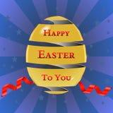 Le carte di pasqua felici con le uova di Pasqua, uovo dorato con il nastro, stars il fondo - vector eps10 illustrazione vettoriale