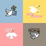 Le carte felici del giorno di madri di stile piano con la colomba, molla fiorisce Fotografie Stock