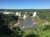 Le cascate del Iguazu Rive immagini stock libere da diritti