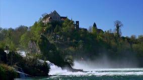 Le cascate del Reno a Sciaffusa, Svizzera stock footage